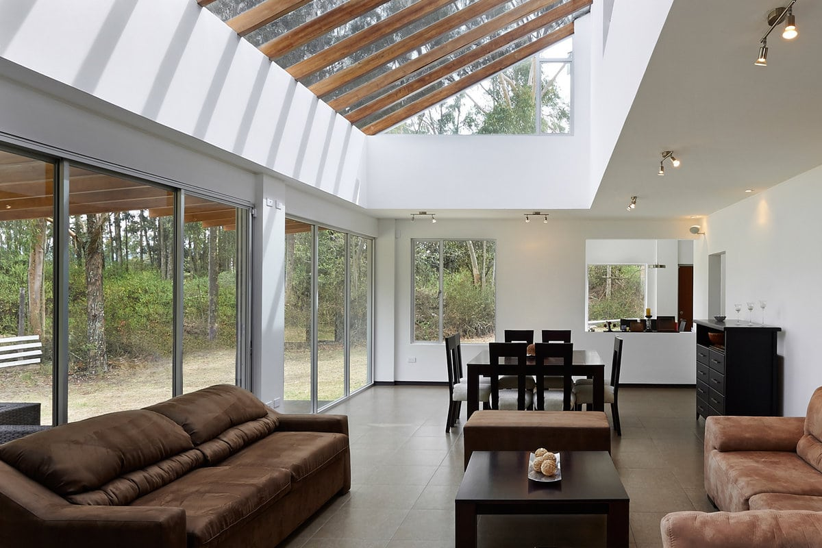 veranda epuree en bois et aluminium
