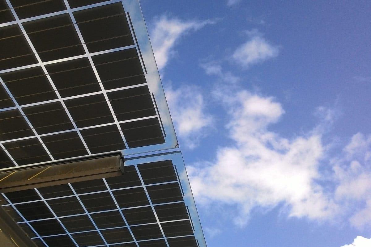 panneaux solaires verre
